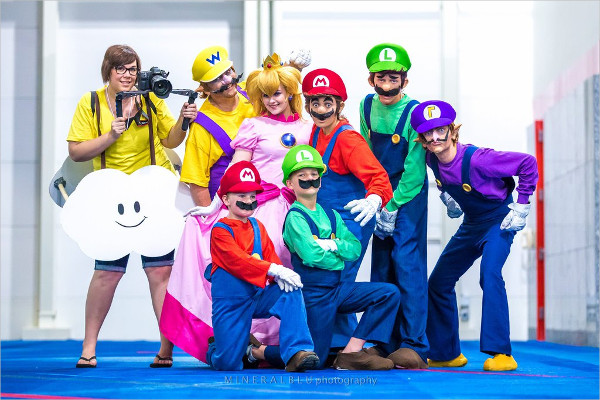 Mario Family Clean Photography