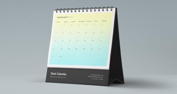 Desk Free PSD Calendar Mockup